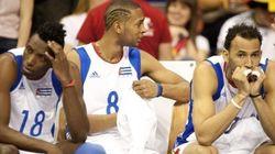 Condenan a prisión a cinco jugadores de voleibol cubanos por