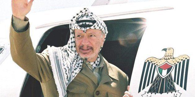 Expertos suizos analizarán los restos de Yasser Arafat para determinar si murió