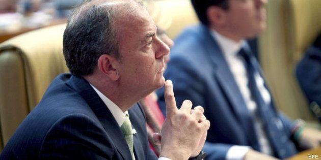 Monago y sus desencuentros con el Gobierno: del IVA cultural a la bajada del