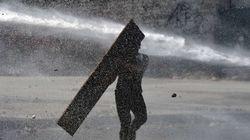 Los mossos usarán cañonazos de agua contra