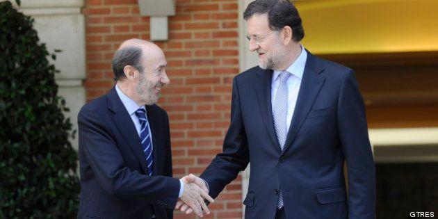 Rajoy y Rubalcaba cierran por teléfono las líneas de su pacto sobre