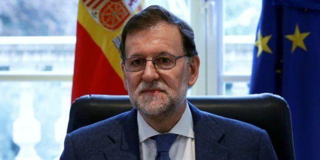 Rajoy pide a Sánchez que no vete al PP tras el