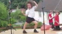 Aquí el niño que baila Lady Gaga... mejor que Lady Gaga