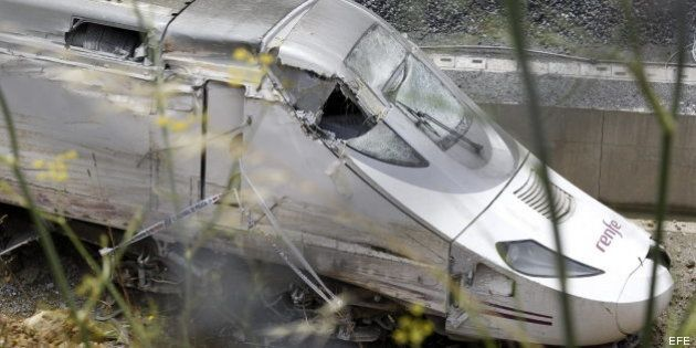 El maquinista del tren accidentado en Santiago, ingresado en el hospital bajo custodia