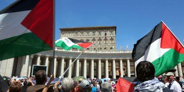 Entra en vigor el tratado por el que el Vaticano reconoce el Estado de