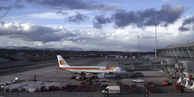 Iberia crea una nueva tarifa más barata para competir con las 'low