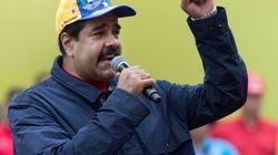 1,8 millones de firmas en Venezuela contra Nicolás