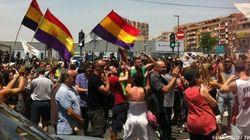 Petardos y pitada al príncipe y Rajoy en la inauguración del AVE a Alicante