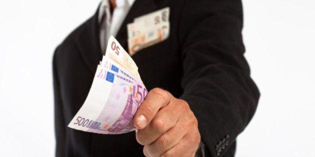 El número de millonarios crece en España un 5,4% en 2012, según un
