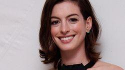 Antes de que lo hagan otros, Anne Hathaway publica su foto embarazada en