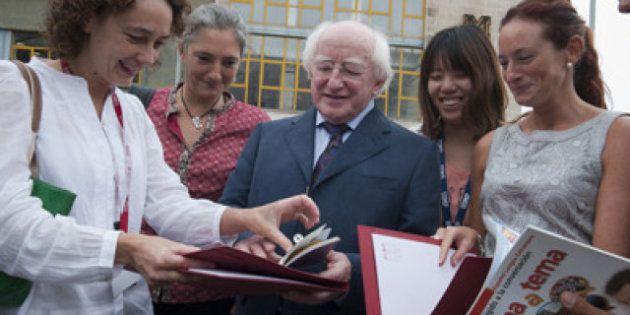El presidente de Irlanda pasa sus vacaciones en un curso de español en