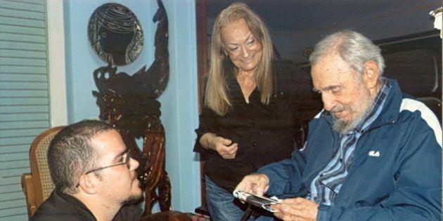 Publicadas nuevas fotografías de Castro con un líder
