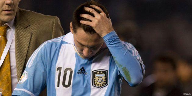 La jueza imputa a Leo Messi y a su padre por fraude fiscal y les cita a declarar el 17 de
