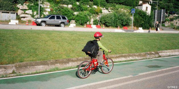 Nueva ley de Tráfico: casco para ciclistas menores y doble de multa por