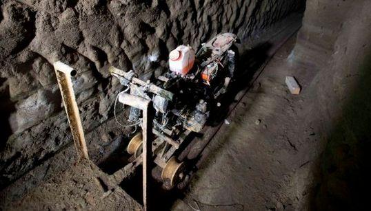 Las imágenes de los túneles por los que escapó el 'Chapo'