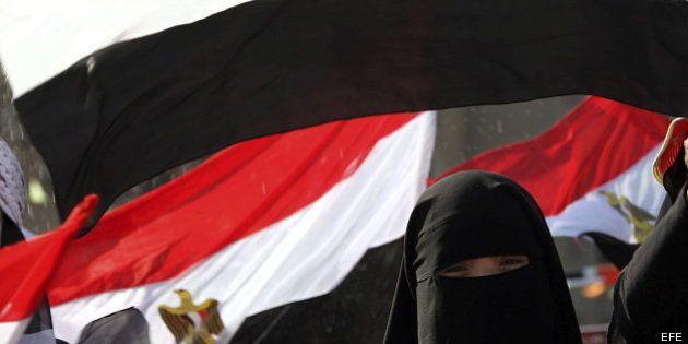 Al menos 120 muertos y 4.000 heridos en choques en El Cairo, según los Hermanos