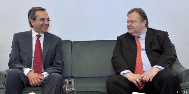Nuevo Gobierno en Grecia: ascenso del Pasok y se mantiene el ministro de