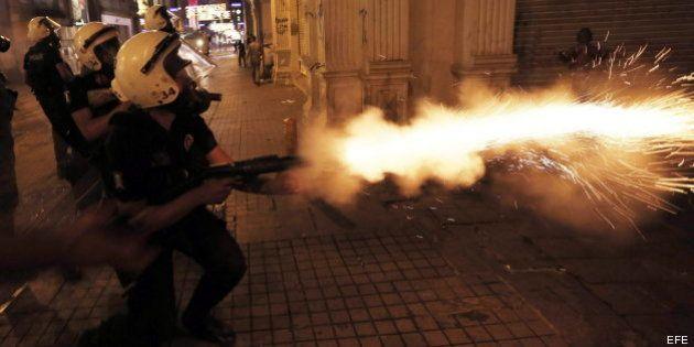 Erdogan felicita a la policía turca por su actuación: