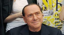 Berlusconi amaga con dar la estocada al Gobierno de