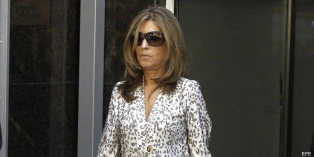 Rosalía Iglesias, mujer de Bárcenas, declara que firmaba sin mirar lo que le pedía su