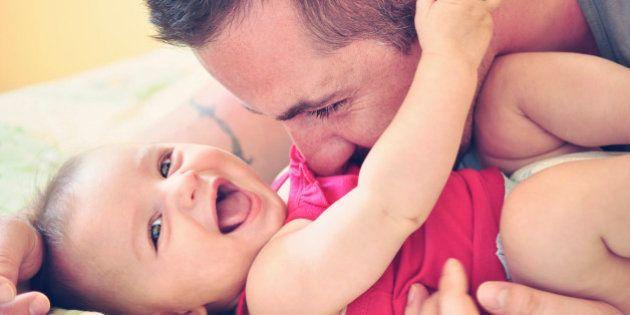 CiU propone ampliar el permiso de paternidad a cuatro
