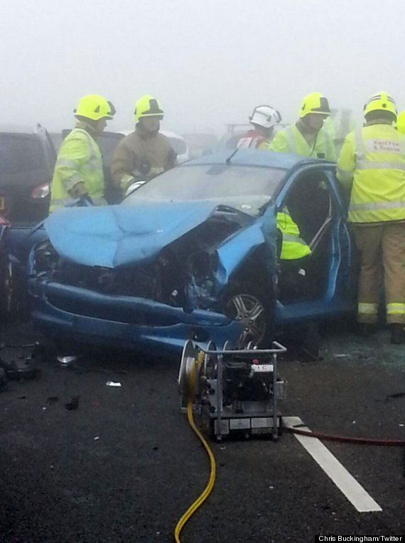 Choque múltiple en Kent, Reino Unido: Más de un centenar de coches involucrados (VÍDEO,
