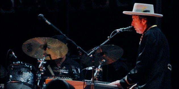 El motivo por el Bob Dylan se ha llevado un Nobel: las letras de sus