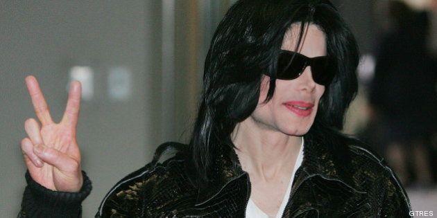 Michael Jackson pagó 26 millones para silenciar abusos a menores, según el