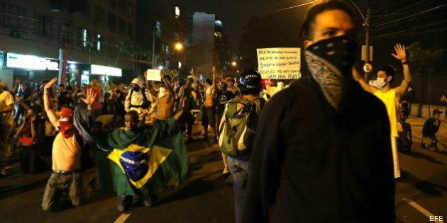 Protestas en los alrededores del estadio de Maracaná de