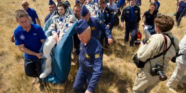 La nave Soyuz aterriza con éxito con tres tripulantes a bordo tras seis meses de