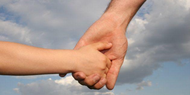 CiU pide ampliar el permiso de paternidad de 13 días a cuatro
