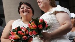 Los gays podrán adoptar y casarse en Francia en