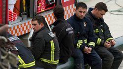 Pedro, uno de los bomberos que abandonó su huelga para sacar