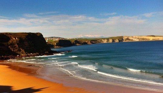 Las mejores playas para subirse a la ola