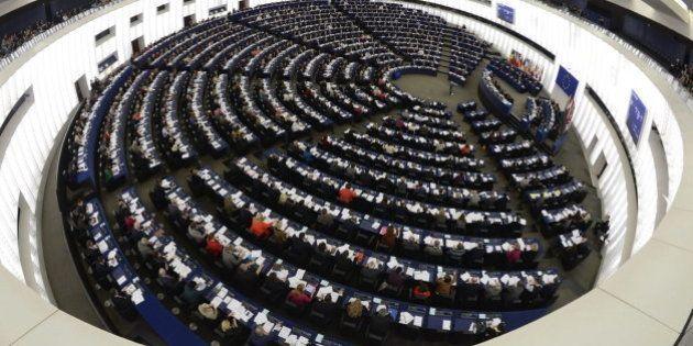 La Eurocámara pide flexibilizar las normas sobre equipaje de mano en los