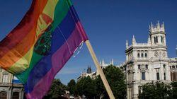 La bandera arcoíris ondeará en el Ayuntamiento de Madrid durante el