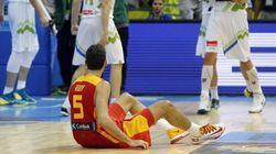 España se desploma al final