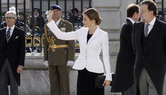 El look de Letizia en su segunda Pascua Militar como Reina (FOTO