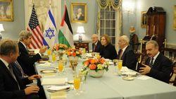 Palestina e Israel comparten mesa y mantel para reabrir el diálogo por la