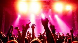 Investigan fiestas de alto contenido sexual en bares de