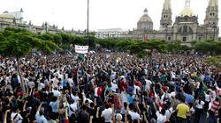 """Miles de mexicanos protestan por el """"fraude"""