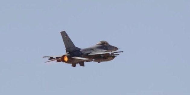 Jordania lanza sus primeros bombardeos contra el Estado