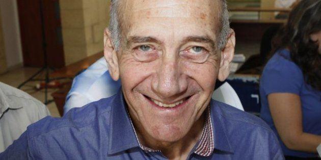 El exprimer ministro israelí Ehud Olmert, declarado culpable de