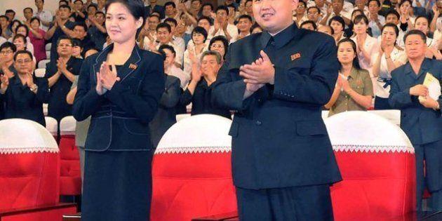 La misteriosa mujer al lado del joven líder norcoreano Kim
