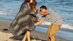 25 cosas raras que hacen los famosos en la playa y tú no