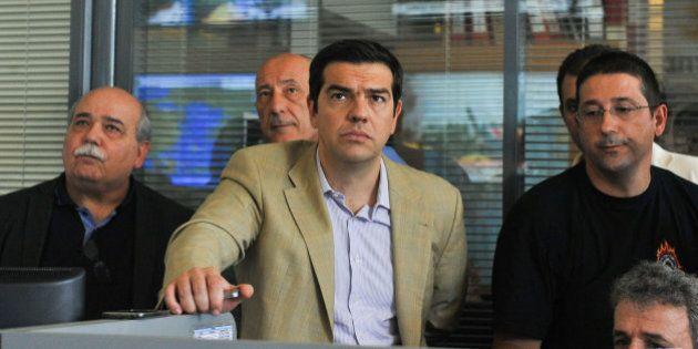 Tsipras remodela su Gobierno y reemplaza a los