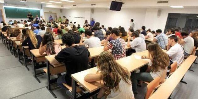 Miles de titulados universitarios se pasan a FP: