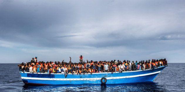 Fallece una niña refugiada después de que los traficantes tiraran su insulina al