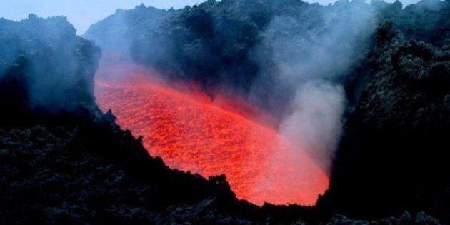 Así es el volcán más grande del mundo: está bajo las aguas del Pacífico y tiene el tamaño del Reino
