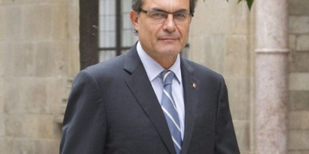 Standard & Poor's degrada la deuda de Cataluña a bono basura con perspectiva